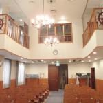 礼拝堂(席側)