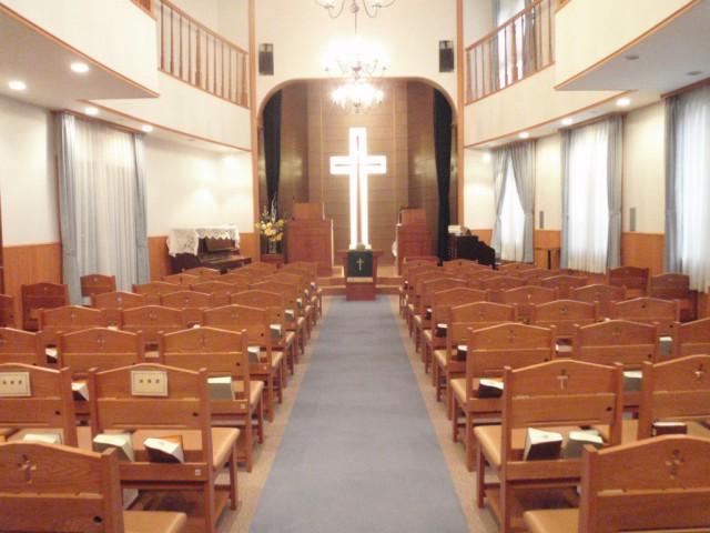 礼拝堂(講壇側)